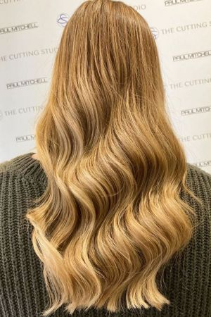 blonde hair colour at Top Buckinghamshire hairdressers